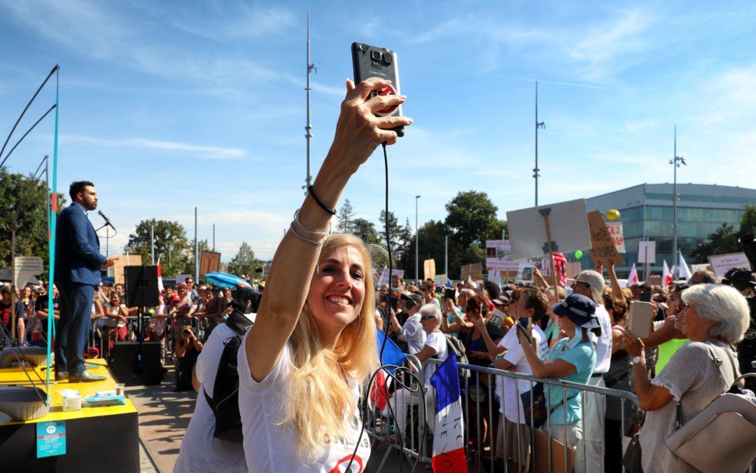 RSF Suisse condamne les propos racistes intolérables tenus contre un journaliste de Heidi.news