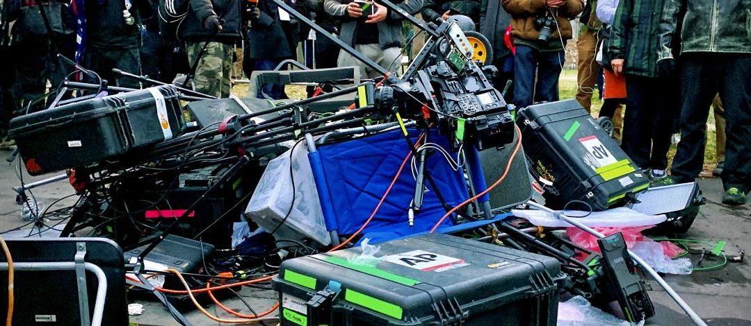 Etats-Unis : inquiétude pour la sécurité des médias à quelques jours de l'investiture présidentielle