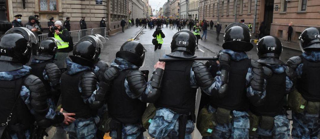 """Rassemblements pro-Navalny en Russie : """"Laissez les journalistes faire leur travail et couvrir les manifestations !"""""""